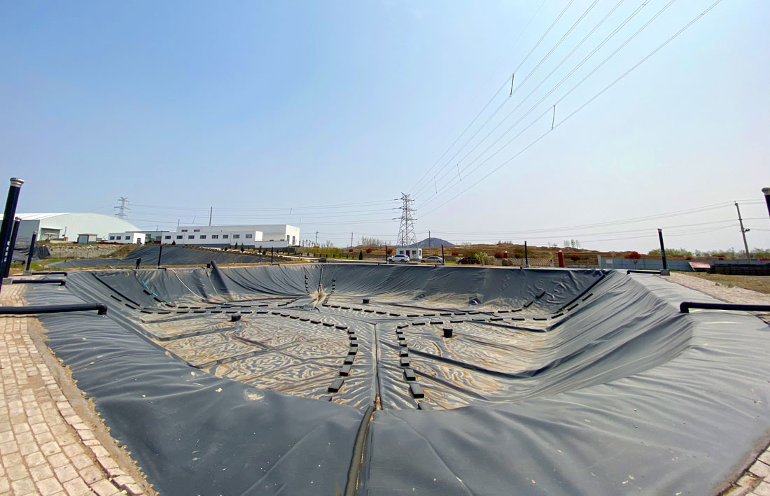 铜陵市垃圾填埋场调节池加盖